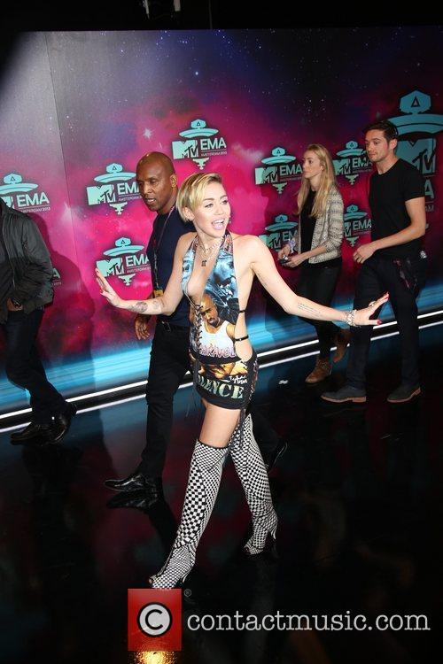 Miley Cyrus 33