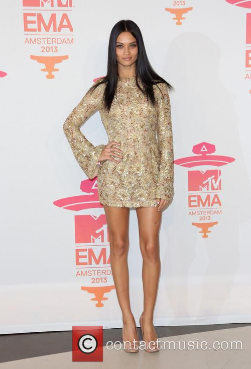 shanina shaik mtv europe music awards emas 3947081