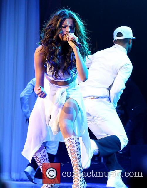 Selena Gomez 72