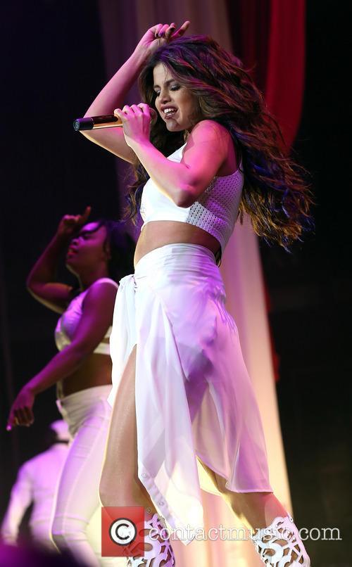 Selena Gomez 52