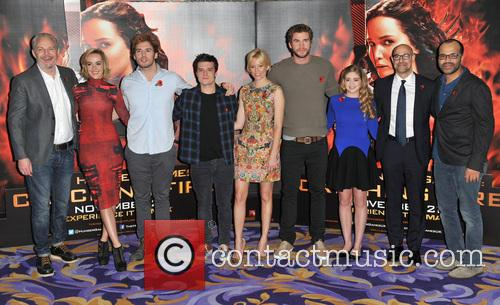 Francis Lawrence, Jena Malone, Sam Claflin, Josh Hutcherson, Elizabeth Banks, Liam Hemsworth, Willow Shields, Stanley Tucci and Jeffrey Wright 3