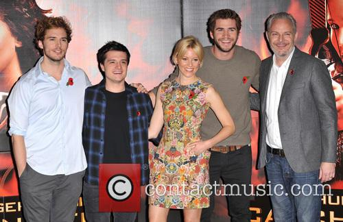 Sam Claflin, Josh Hutcherson, Elizabeth Banks, Liam Hemsworth and Francis Lawrence 1