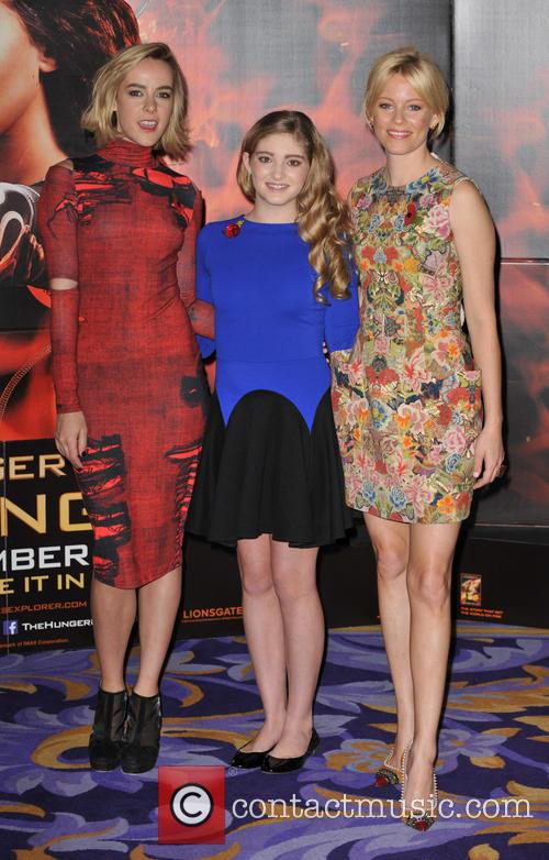 Jena Malone, Elizabeth Banks and Willow Shields 4