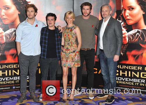 Sam Claflin, Josh Hutcherson, Elizabeth Banks, Liam Hemsworth and Francis Lawrence 2