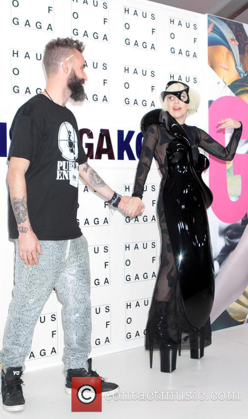 Lady Gaga 35