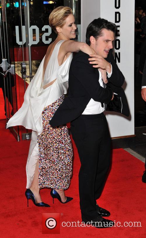 Jennifer Lawrence and Josh Hutcherson 3