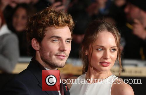 sam claflin laura haddock the hunger games catching 3948450