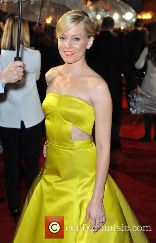 elizabeth banks the hunger games catching fire 3949145