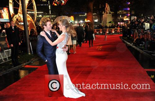 sam claflin laura haddock the hunger games catching 3949197