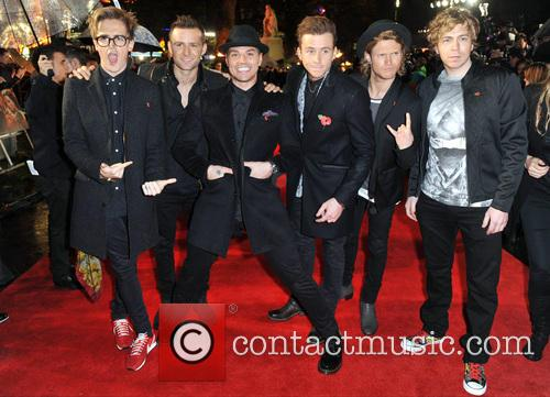 Tom Fletcher, Harry Judd, Matt Willis, Danny Jones, Dougie Poynter and James Bourne 3