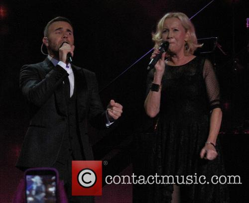 Gary Barlow and Agnetha Falkskog 6