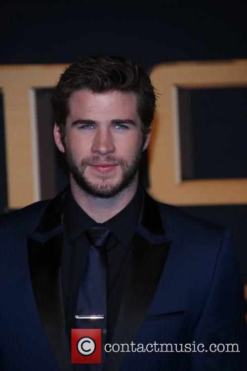 liam hemsworth german premiere the hunger games 3950512