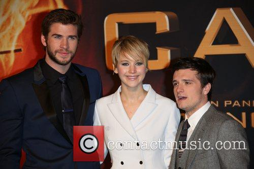 Liam Hemsworth (l-r), Jennifer Lawrence and Josh Hutcherson 2