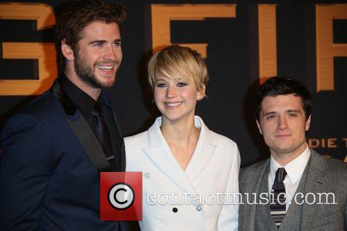 Liam Hemsworth (l-r), Jennifer Lawrence and Josh Hutcherson 3
