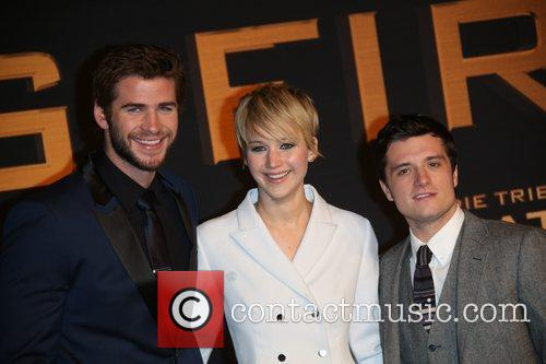 Liam Hemsworth (l-r), Jennifer Lawrence and Josh Hutcherson 8