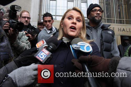 Genevieve Sabourin meets Alec Baldwin in Court