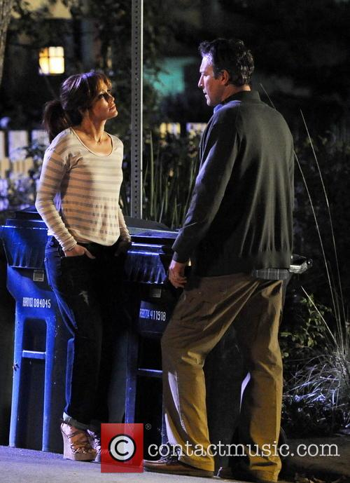 Jennifer Lopez and John Corbett 22