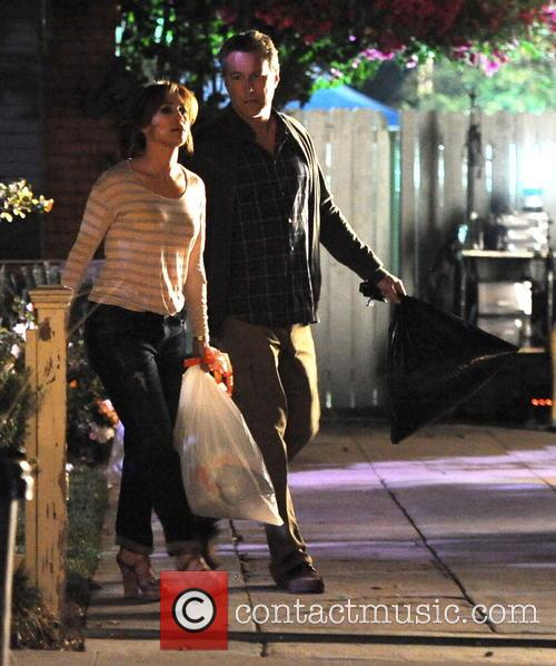 Jennifer Lopez and John Corbett 25