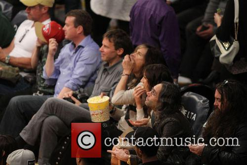 steven tyler celebs at lakers game 3951461