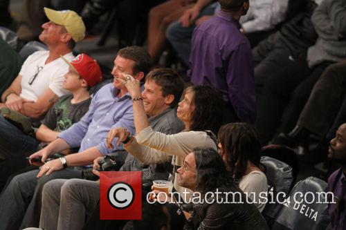 steven tyler celebs at lakers game 3951462