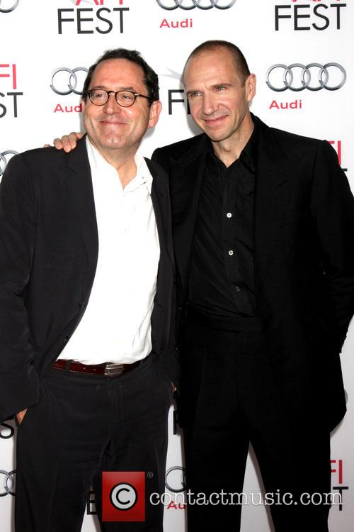 Ralph Fiennes, Michael Barker, TLC Chinese Theater