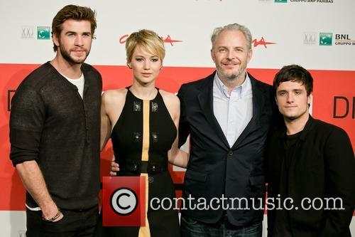 Liam Hemsworth, Francis Lawrence, Jennifer Lawrence and Josh Hutcherson 6