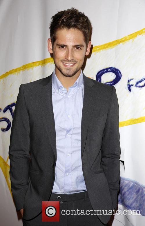Derek theler  jean-luc bilodeau dish on new season of baby daddy: photo #1018516