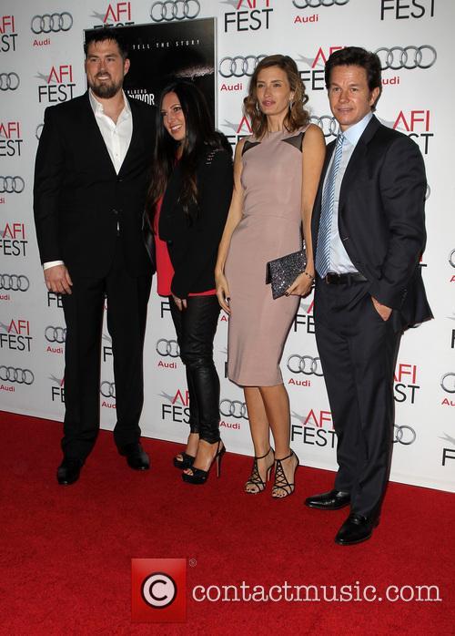 Mark Wahlberg, Melanie Juneau, Rhea Durham, Marcus Luttrell, TCL Chinese Theatre