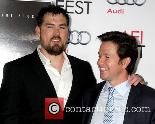 Marcus Luttrell and Mark Wahlberg 7