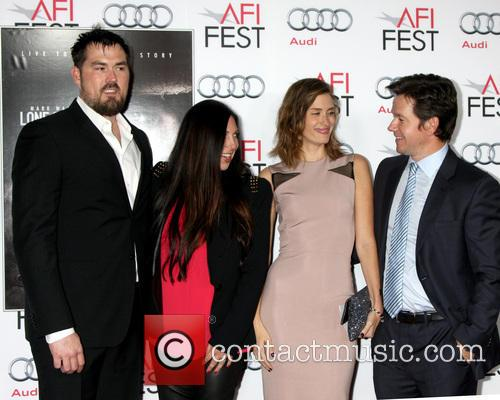 Marcus Luttrell and Mark Wahlberg 9