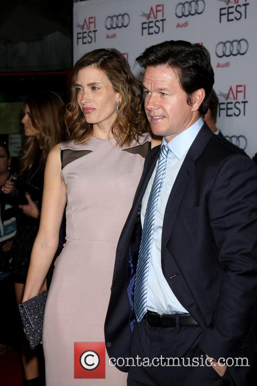 Rhea Durham and Mark Wahlberg 3