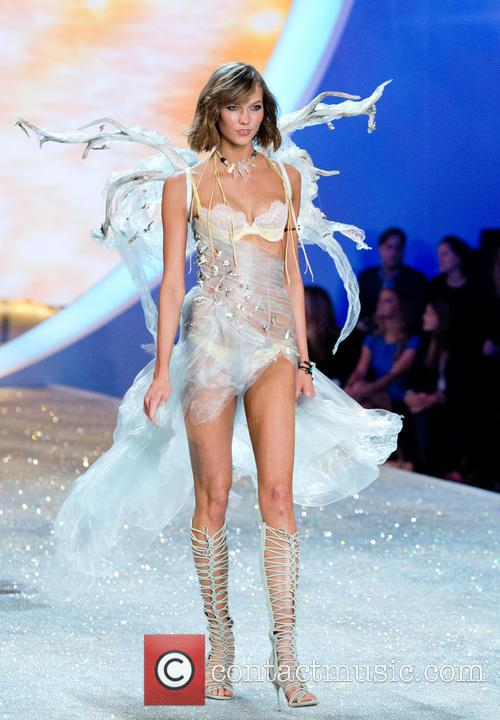 karlie kloss victoria secret fashion show 2013 3953595
