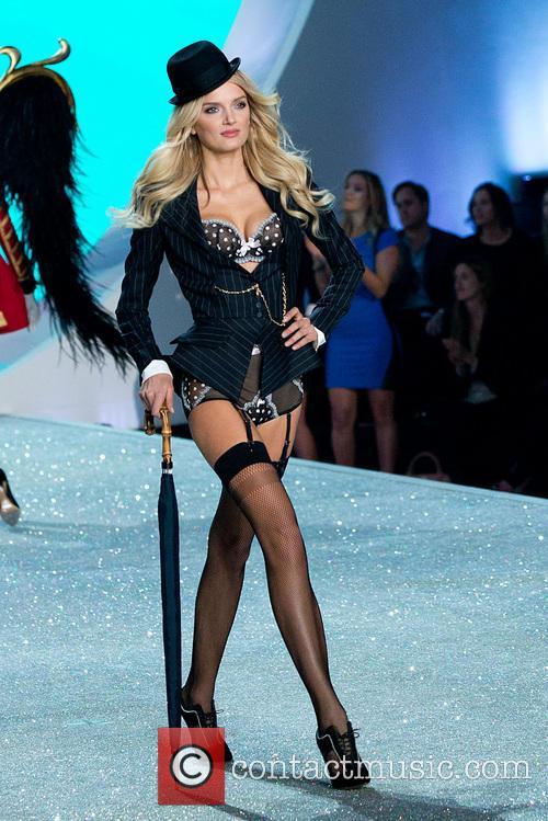 lily donaldson victoria secret fashion show 2013 3953513