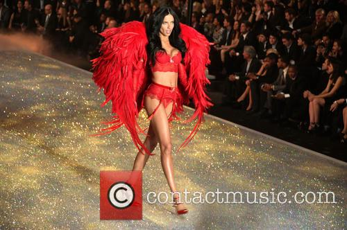 Adriana Lima, Lexington Avenue Armory, Victoria Secret