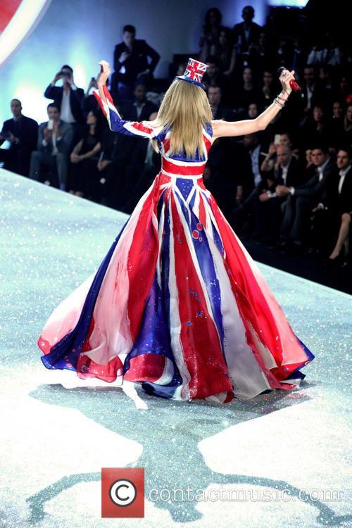 taylor swift victoria secret fashion show 2013 3954144