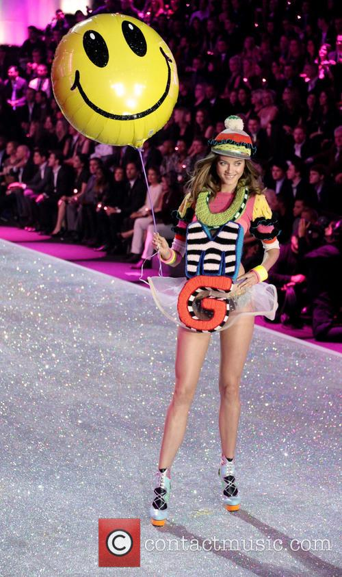 Victoria Secret Fashion Show and Runway 25