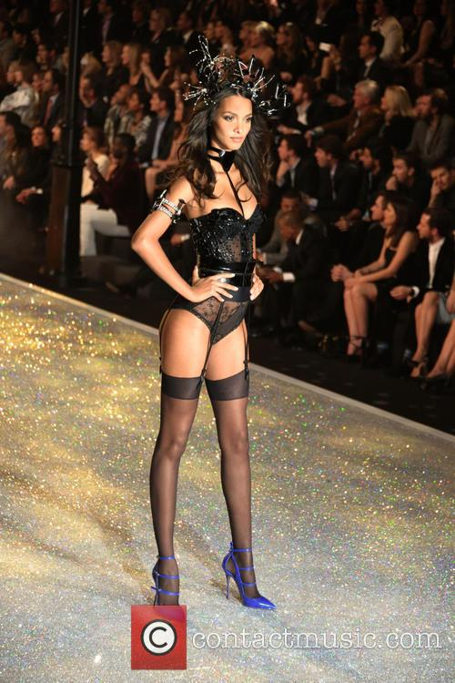 Victoria Secret Fashion Show and Runway 51