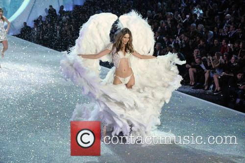 Victoria Secret Fashion Show and Runway 65