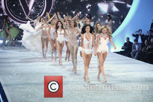 Victoria Secret Fashion Show and Runway 68