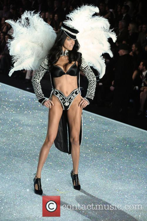 Victoria Secret Fashion Show and Runway 79