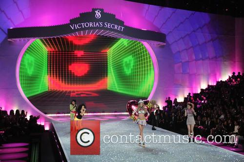 Victoria Secret Fashion Show and Runway 107