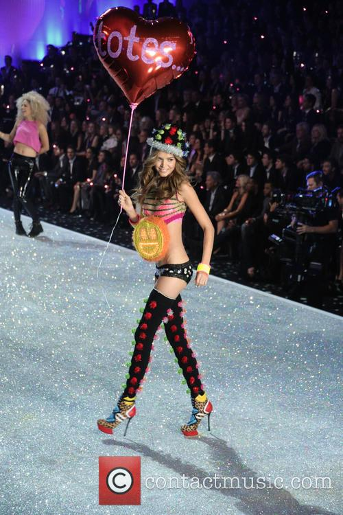 Victoria Secret Fashion Show and Runway 110