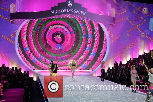 Victoria Secret Fashion Show and Runway 114