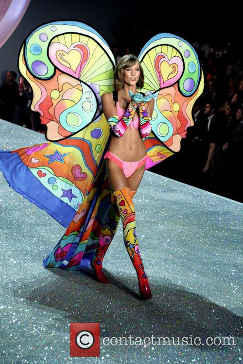 Victoria Secret Fashion Show and Runway 160