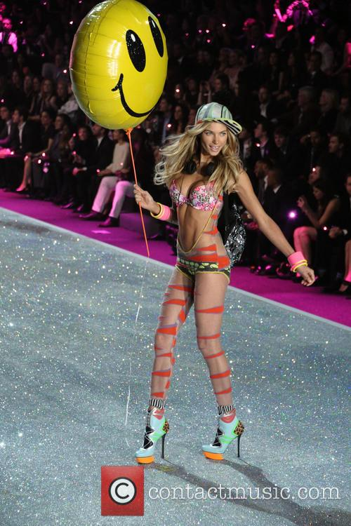 Victoria Secret Fashion Show and Runway 182