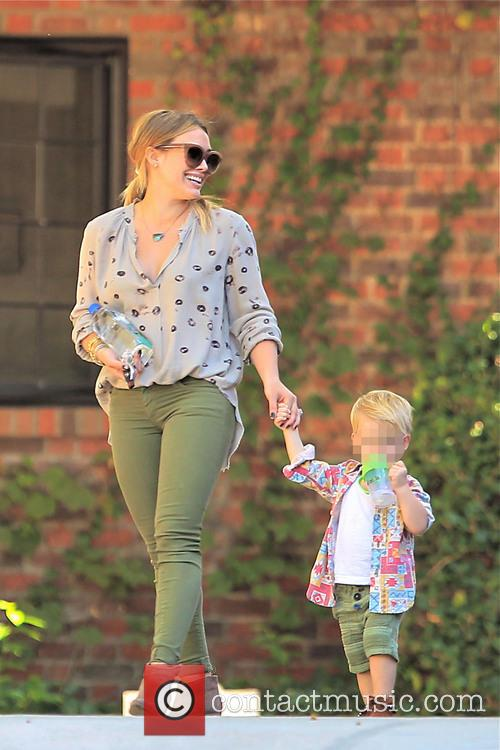 Hillary Duff and Luca Comrie 3