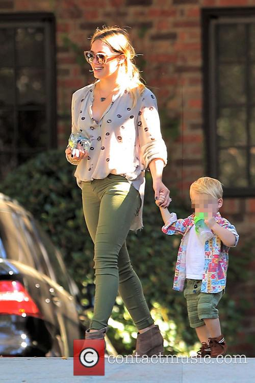 Hillary Duff and Luca Comrie 9