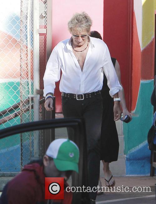 rod stewart rod stewart walks to school 3953351
