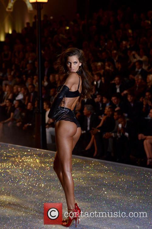 Izabel Goulart, Lexington Armory, Victoria's Secret