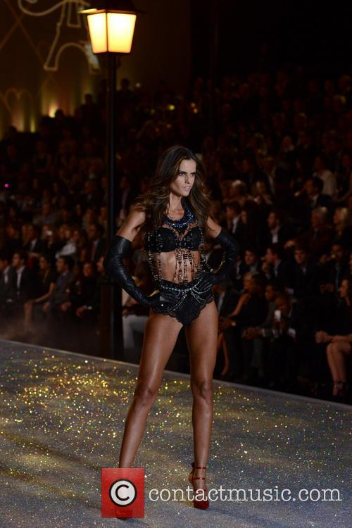 Izabel Goulart, Lexington Armory, Victoria's Secret